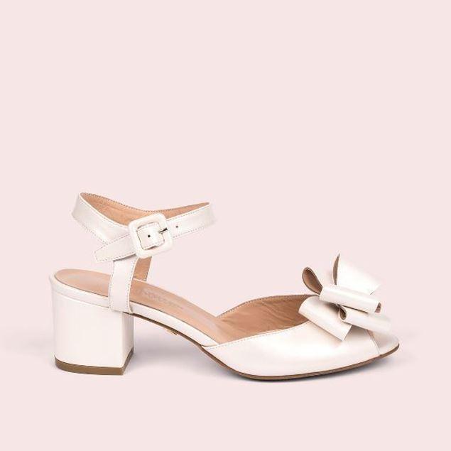 الصورة: Jabotter Alanis Pearl White Bridal Shoes