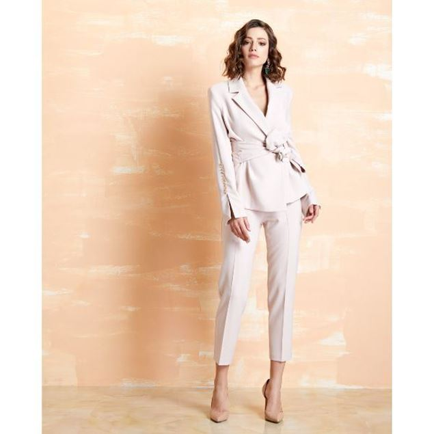 Picture of Short Leg Trouser With High Waist