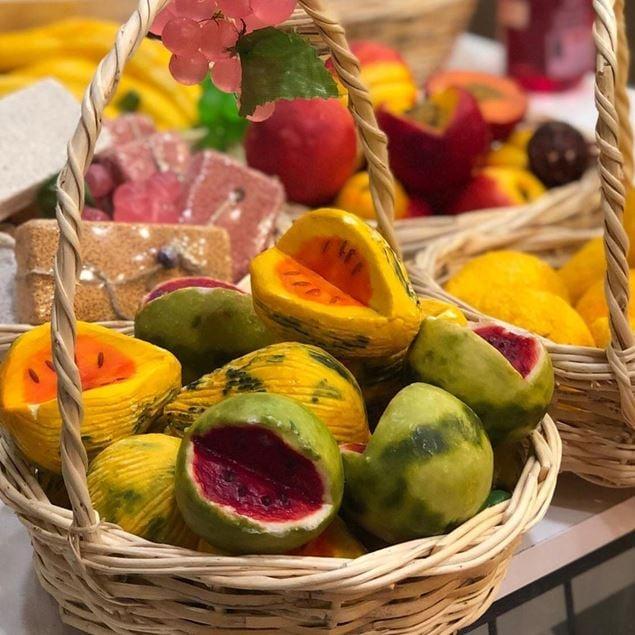 الصورة: صابون الفواكه - تفاحة حمراء