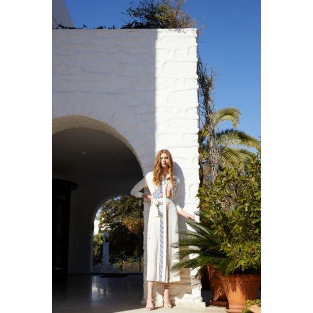 الصورة: فستان طويل   - سينا
