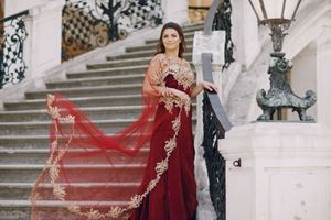 5 Tips for Finding the Most Flattering Evening Gown